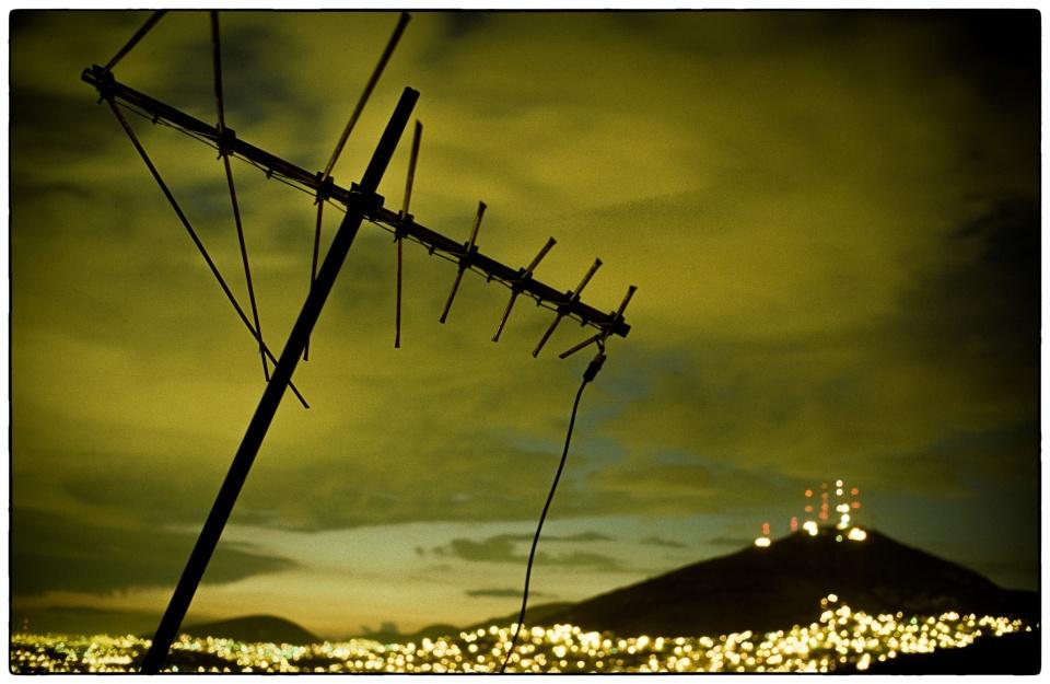 Night time TV over Mexico City, 1993 :: photo Richard Hanson copyright Tearfund