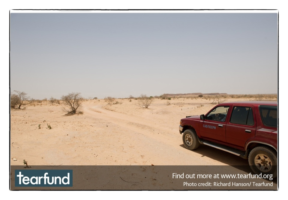 On the road in Niger this April :: copyright Richard Hanson for Tearfund